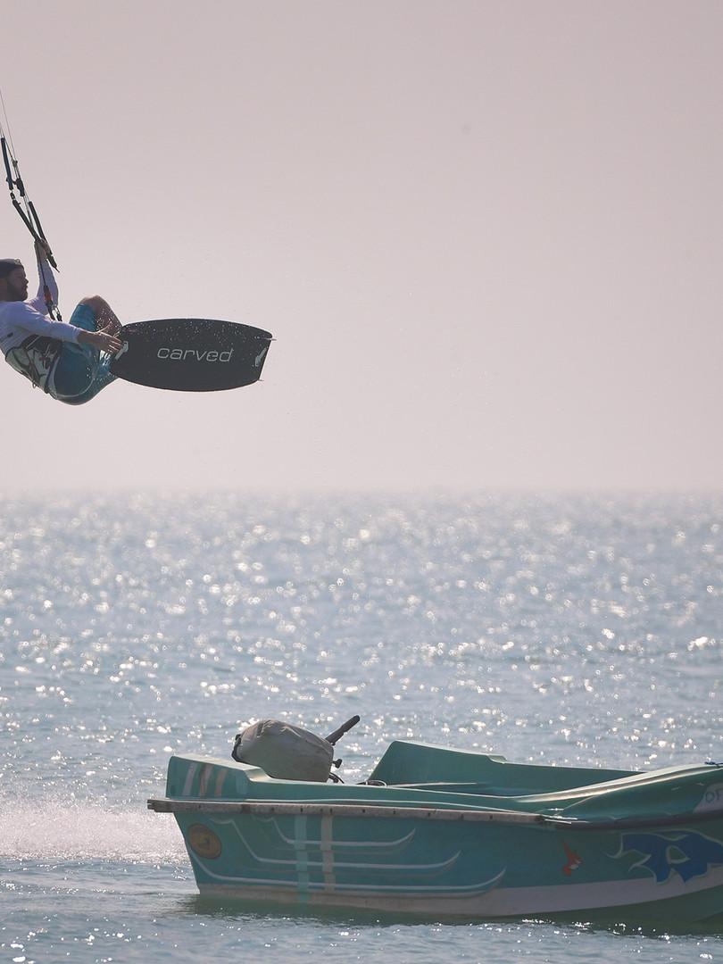 Kitesurfing Sri Lankan Paradises