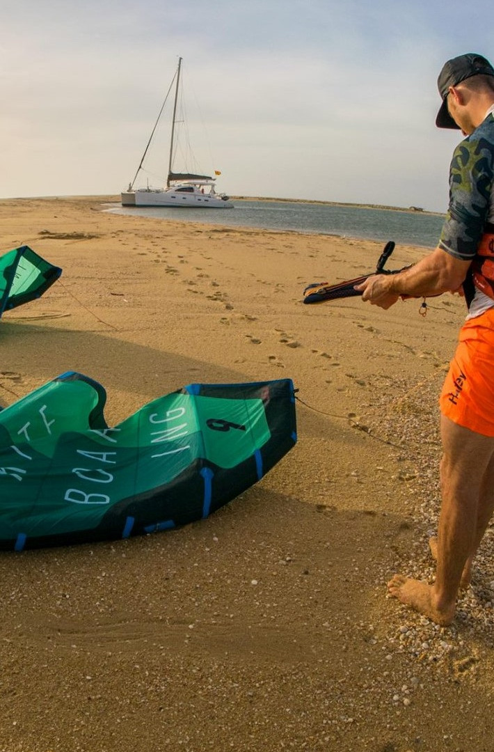 Kitesurfing Sailing Lagoons Expedition