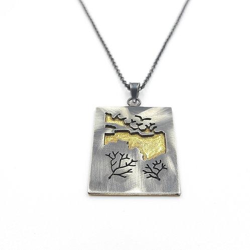 Doğa Figürlü Pirinç Metal Detaylı Özel Tasarım El Yapımı Gümüş Kolye