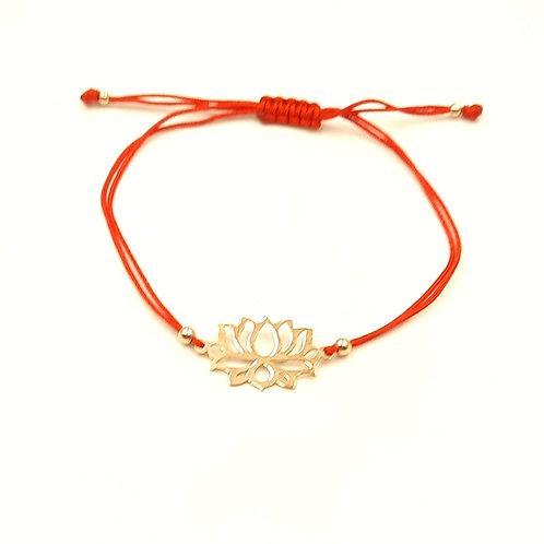925 Ayar Gümüş Lotus Çiçeği Figürlü Kırmızı Makrome Bileklik