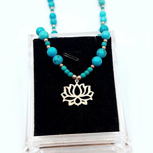 925 Ayar Gümüş Lotus Çiçeği ve  Turkuaz Doğal Taşlı Kolye