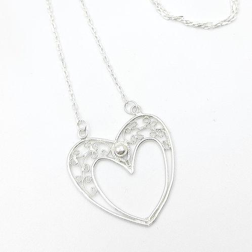 1000 Ayar Gümüş  Kalp Figürlü Özel Tasarım Telkari Kolye