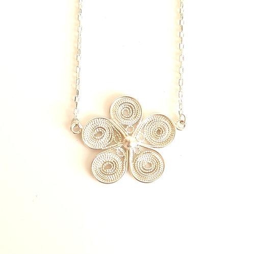 1000 Ayar Gümüş Telkari Çiçek Detaylı Özel Tasarım Kolye