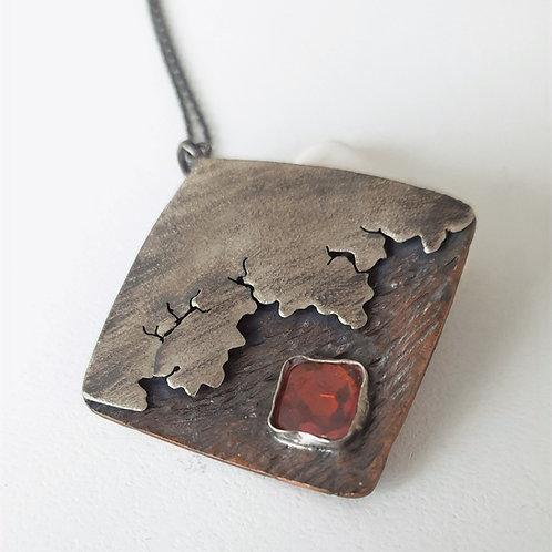 925 Ayar Gümüş, Bakır Kırmızı Zirkon Doğal Taşlı Özel Tasarım Şimşek Kolye