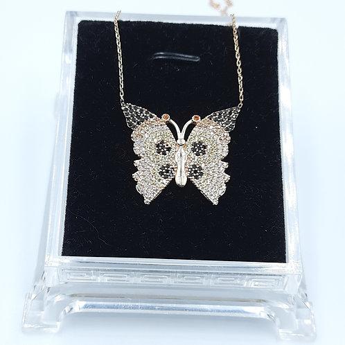925 Ayar Gümüş  Kelebek Figürlü Zirkon Taşlı Kadın Kolye