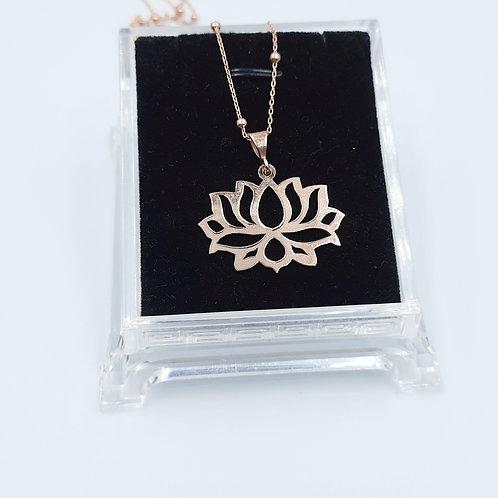 925 Ayar Gümüş Lotus Çiçeği Toplu Zincirli Kolye