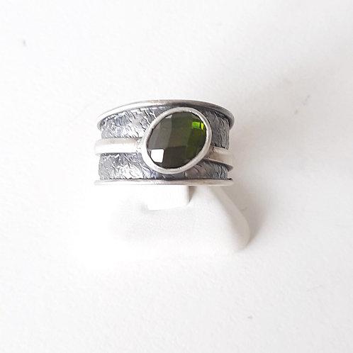 925 Ayar Gümüş Yeşil Zirkon Doğal Taşlı Özel Tasarım El yapımı Tek Yüzük