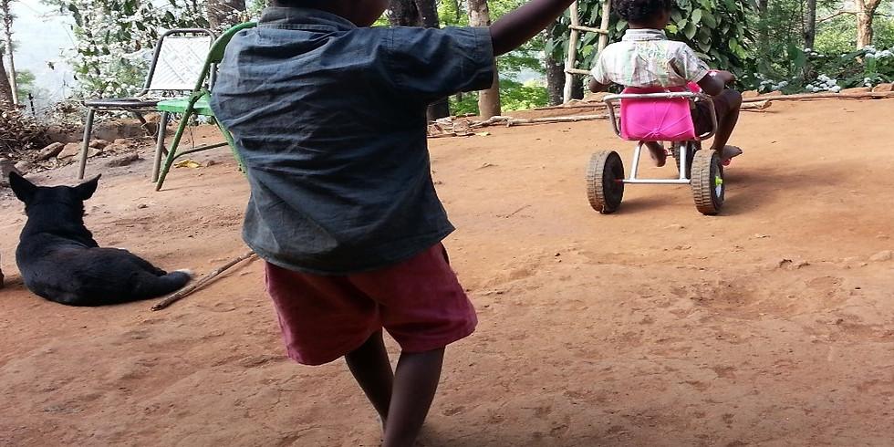 הורים וילדים ביערות הגשם של הודו
