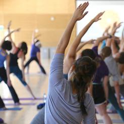 yoga groupe.jpg