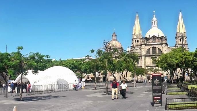 Cubierta neumática temporal en Guadalajara