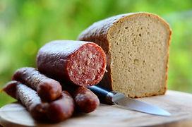 sausage-3589418_1920.jpg