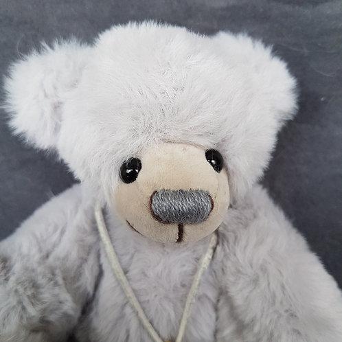 BASTELPACKUNG: Powderkuschel gris, 18 cm