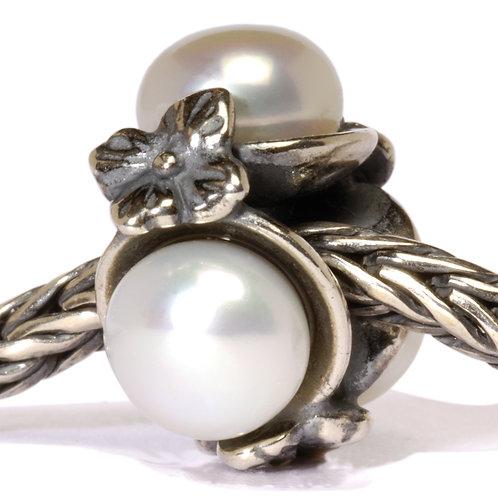 White Triple Pearl