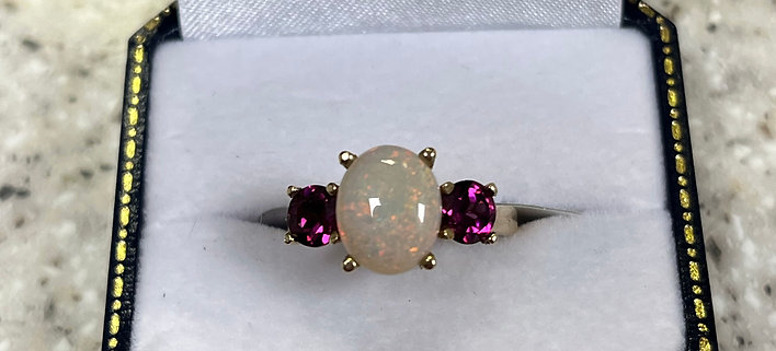 9ct Opal & Rhodolite Garnet Ring