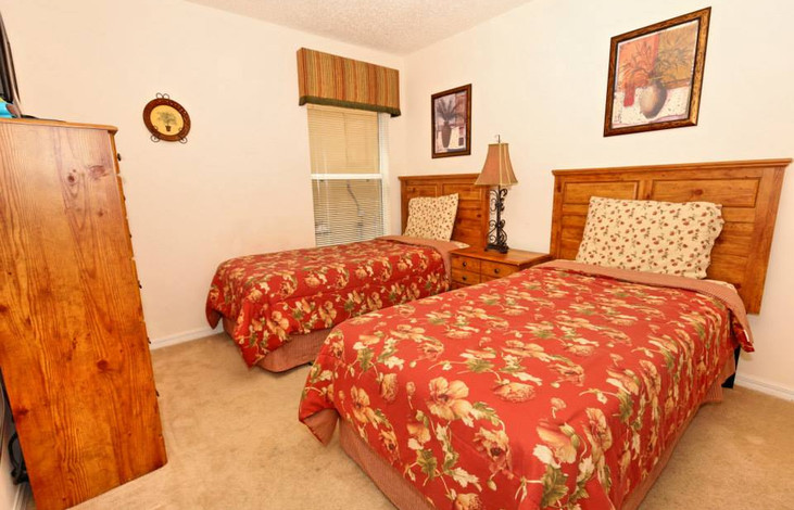 Second twin bedroom with TV and DVD player