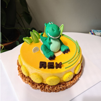 Mango Mousse with Dinosaur