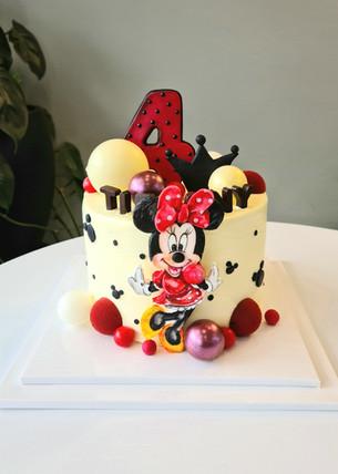 Minnie Mouse custom cake