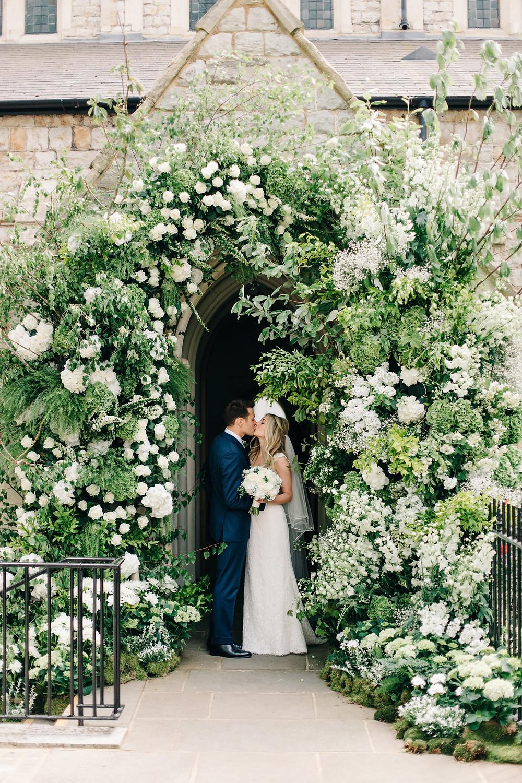 wedding flowers church arch