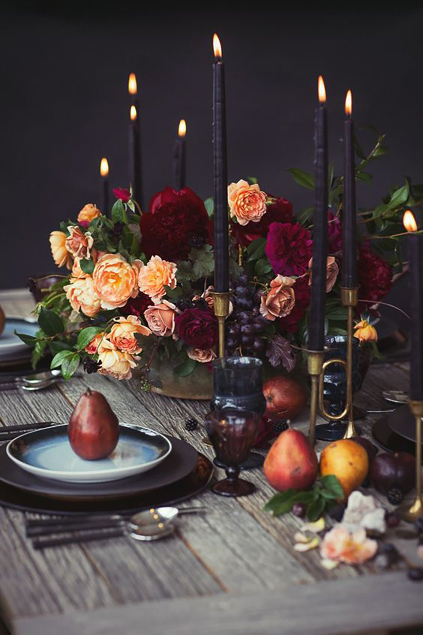 Dark wedding tablescape inspiration