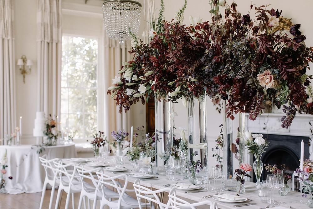 Minimalist luxury wedding table styling