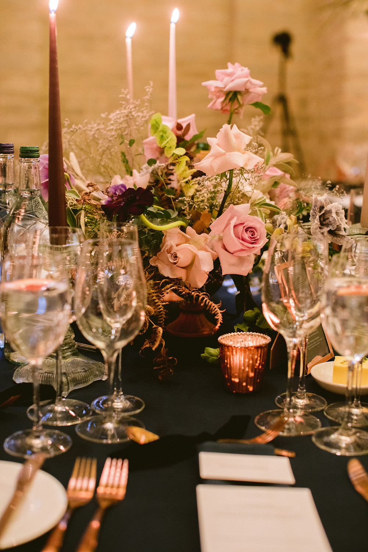 winter wedding table flowers