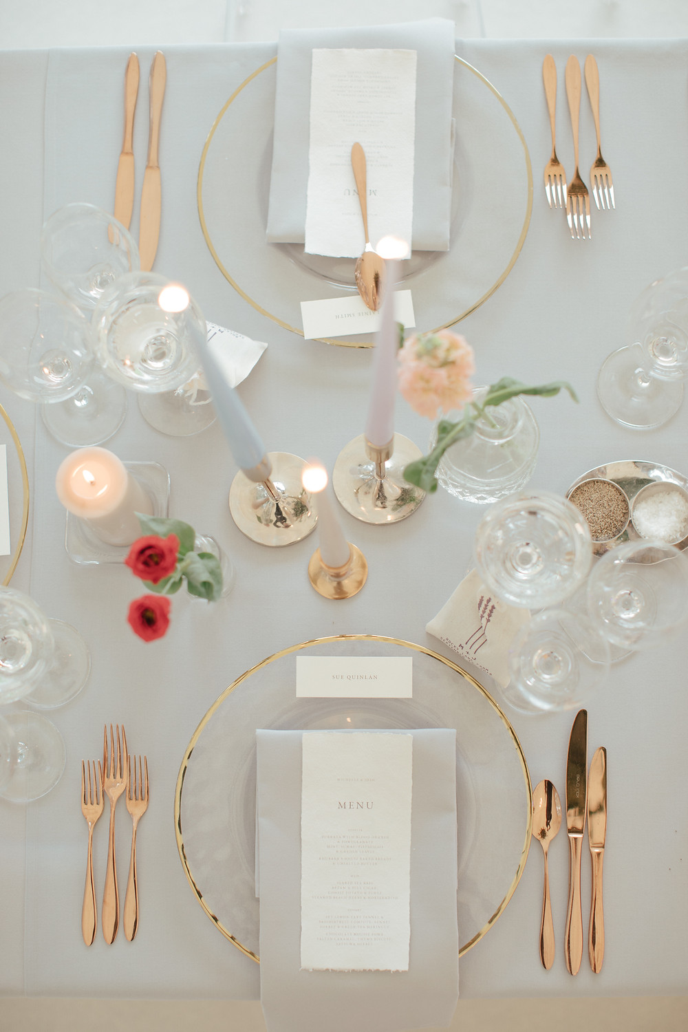 wedding place setting with rose gold