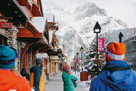 trade-news-Travel-Alberta-esquiar.jpg