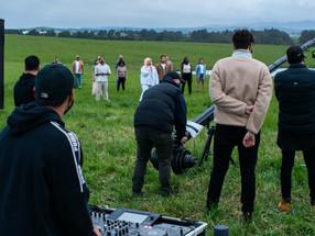 """Clipe Musical """"Fly Away"""" de Tonesand USA DaVinci Resolve Studio para Finalização e Pós‑Produção"""