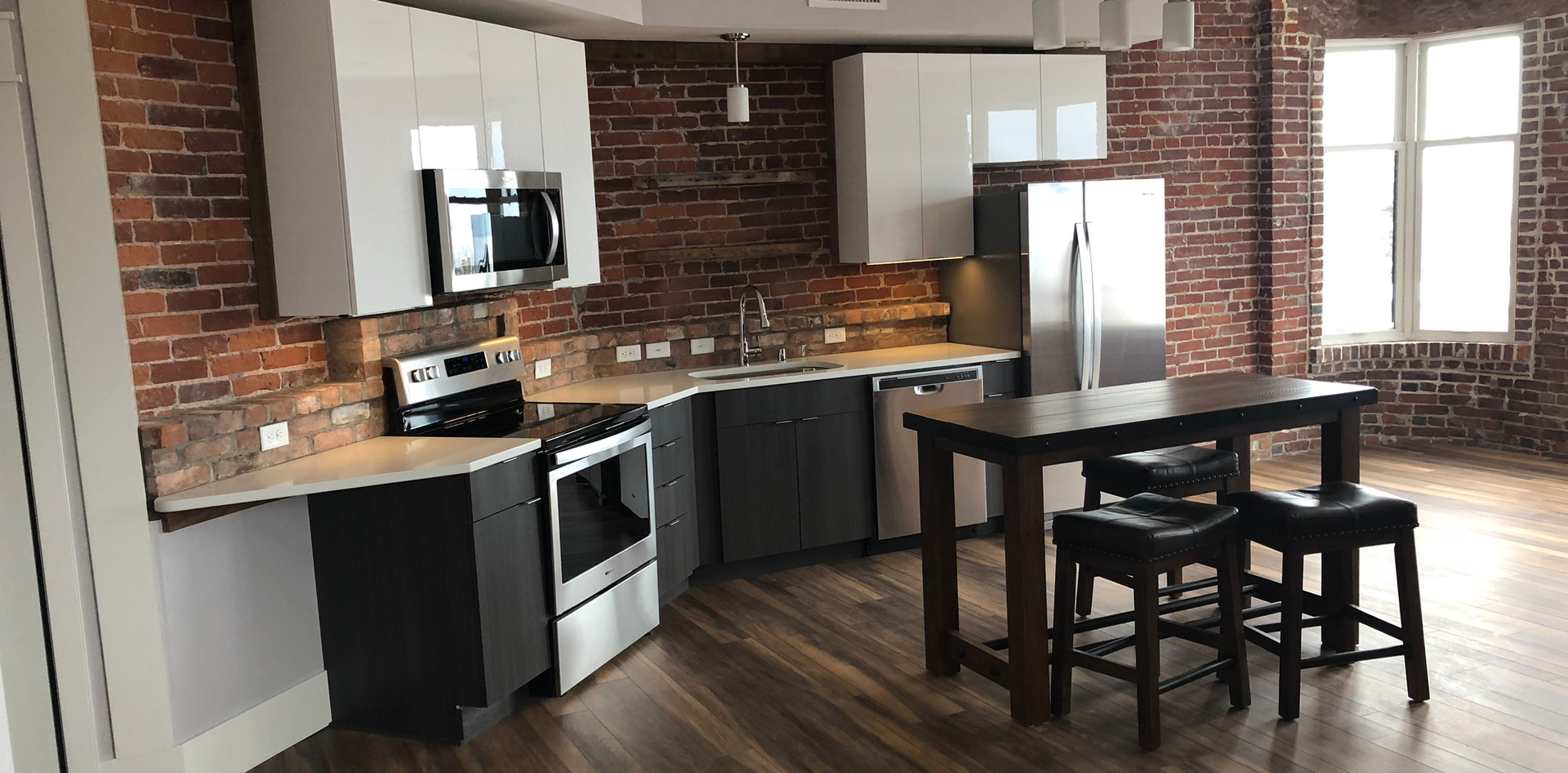 Redstone Lofts 400 Kitchen.JPG