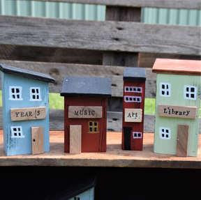 213 Mini school houses