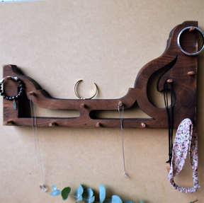 201 Piano jewellery hanger