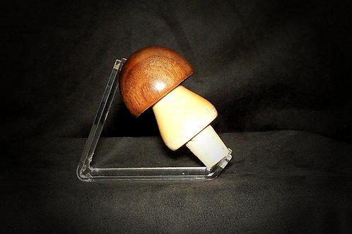 MadWood Mushroom
