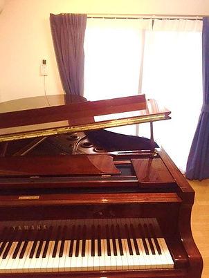 藤が丘ピアノ教室レッスン室