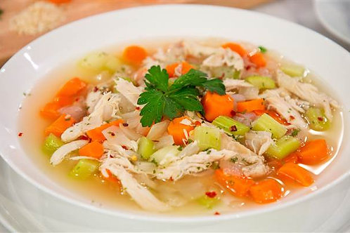 GRANDMA'S CHICKEN SOUP, PULLED CHICKEN, VEGETABLES (2 qts)
