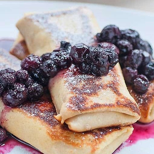CHEESE BLINTZES WITH BLUEBERRY COMPOTE (12 pcs-compote sep)