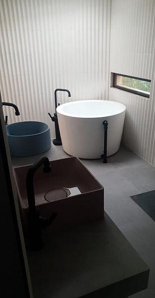 cdp_bathroom.jpg