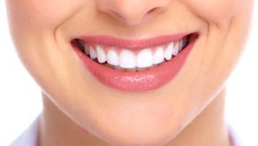 Clareamento vs Sensibilidade Dentária