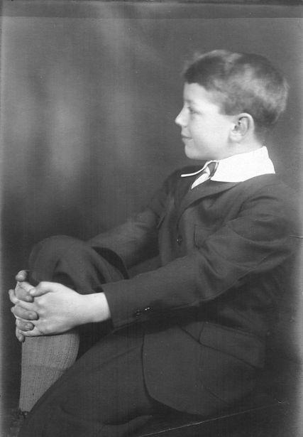 Robert Reigeluth (about 8).jpg