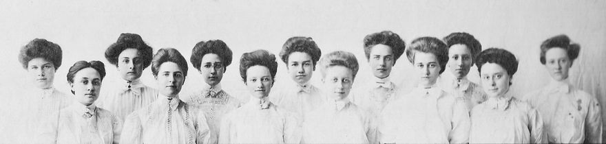 Julia B. Reigeluth with Classmates at Da