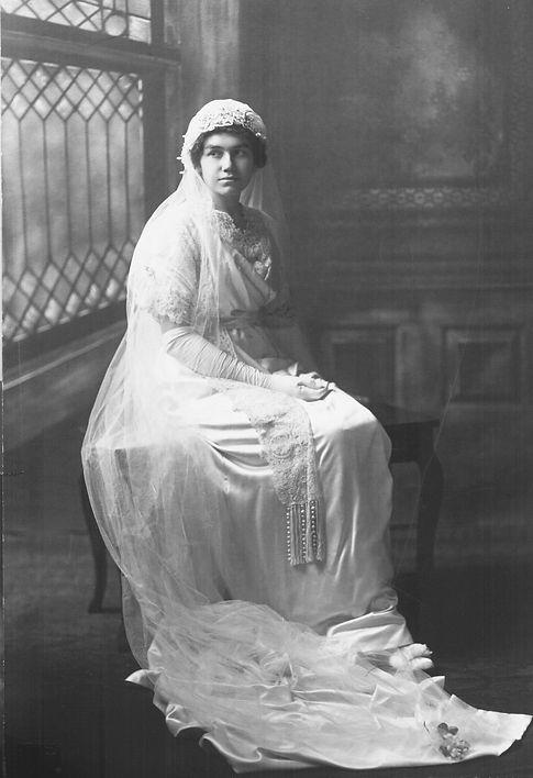 Julia Seelye Blakeslee Reigeluth Wedding