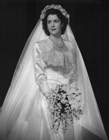 Mary Applegate Wedding Photo.jpg