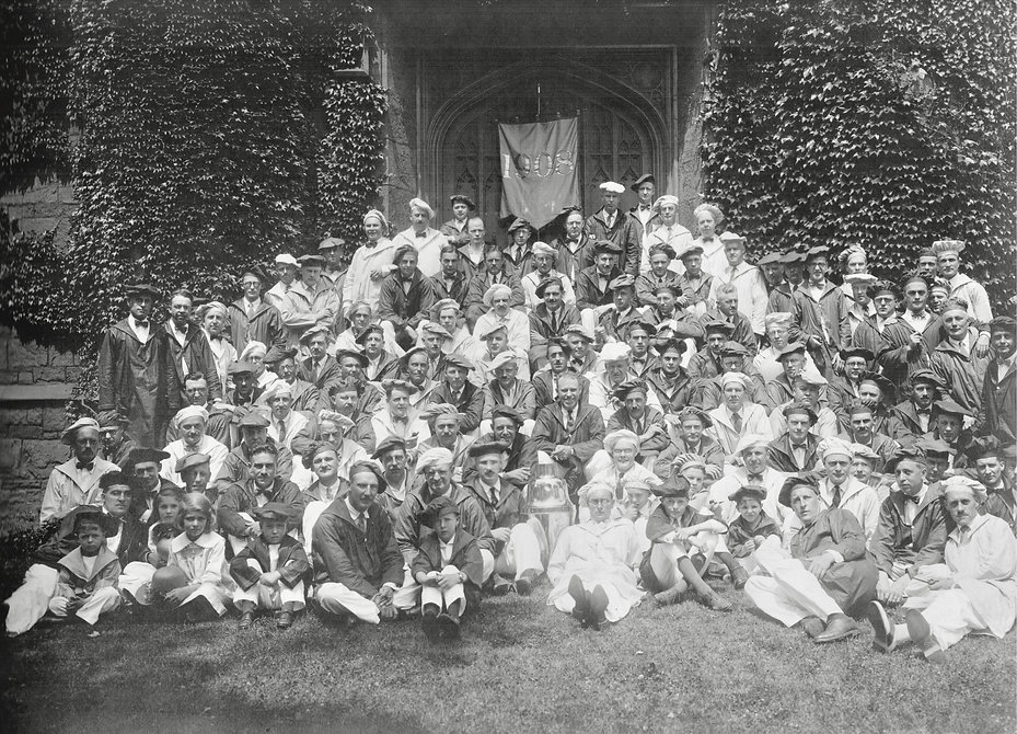 Ray Reigeluth with Yale Class of 1908 -