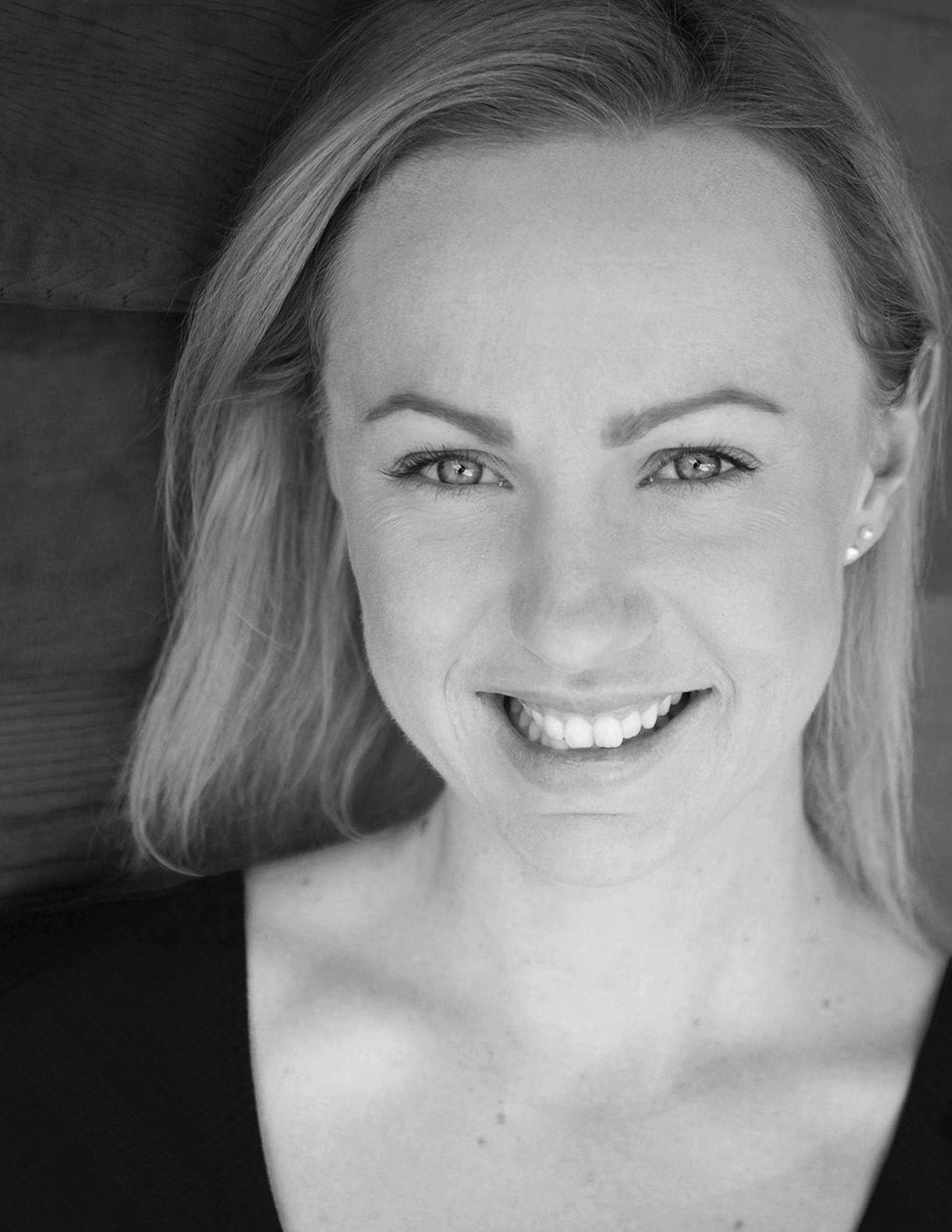 Rachel Roman (Lucy Steele)