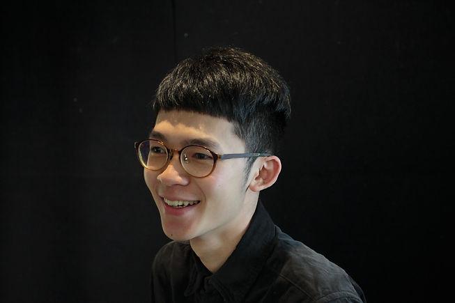 邱博楷形象照.JPG