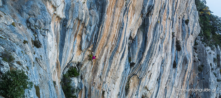 Nikos Hadjis - Mountain Guide - Rock Climbing - Greece Kyparissi