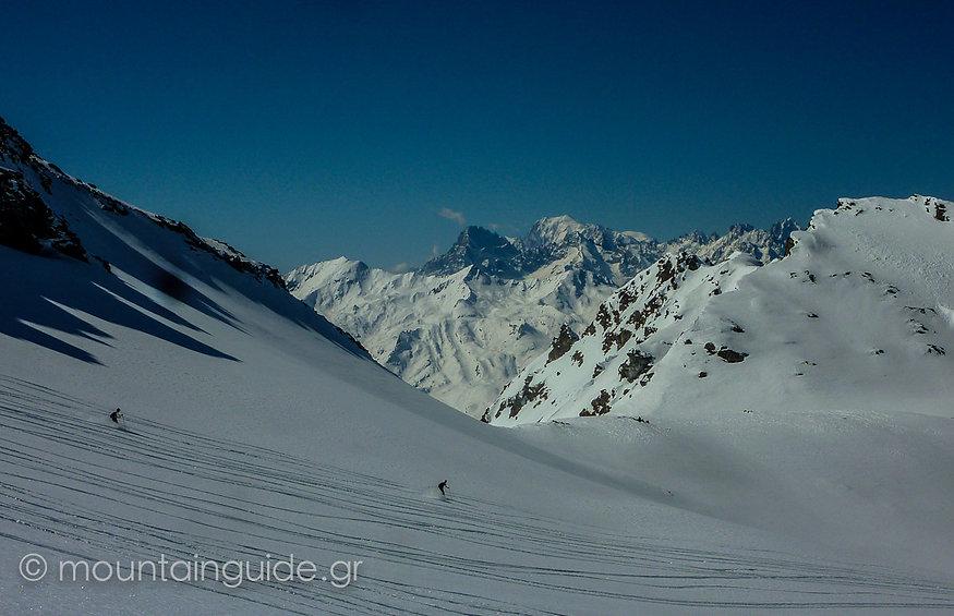 Nikos Hadjis - Mountain Guide - Ski Touring Switzerland Engadine Scuol