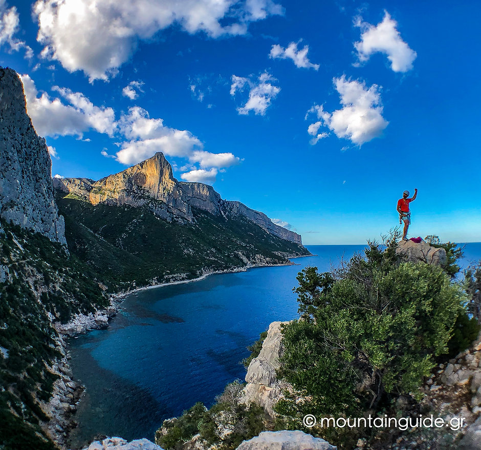 NikosHadjis_RockClimbing_Sardinia_01.jpg