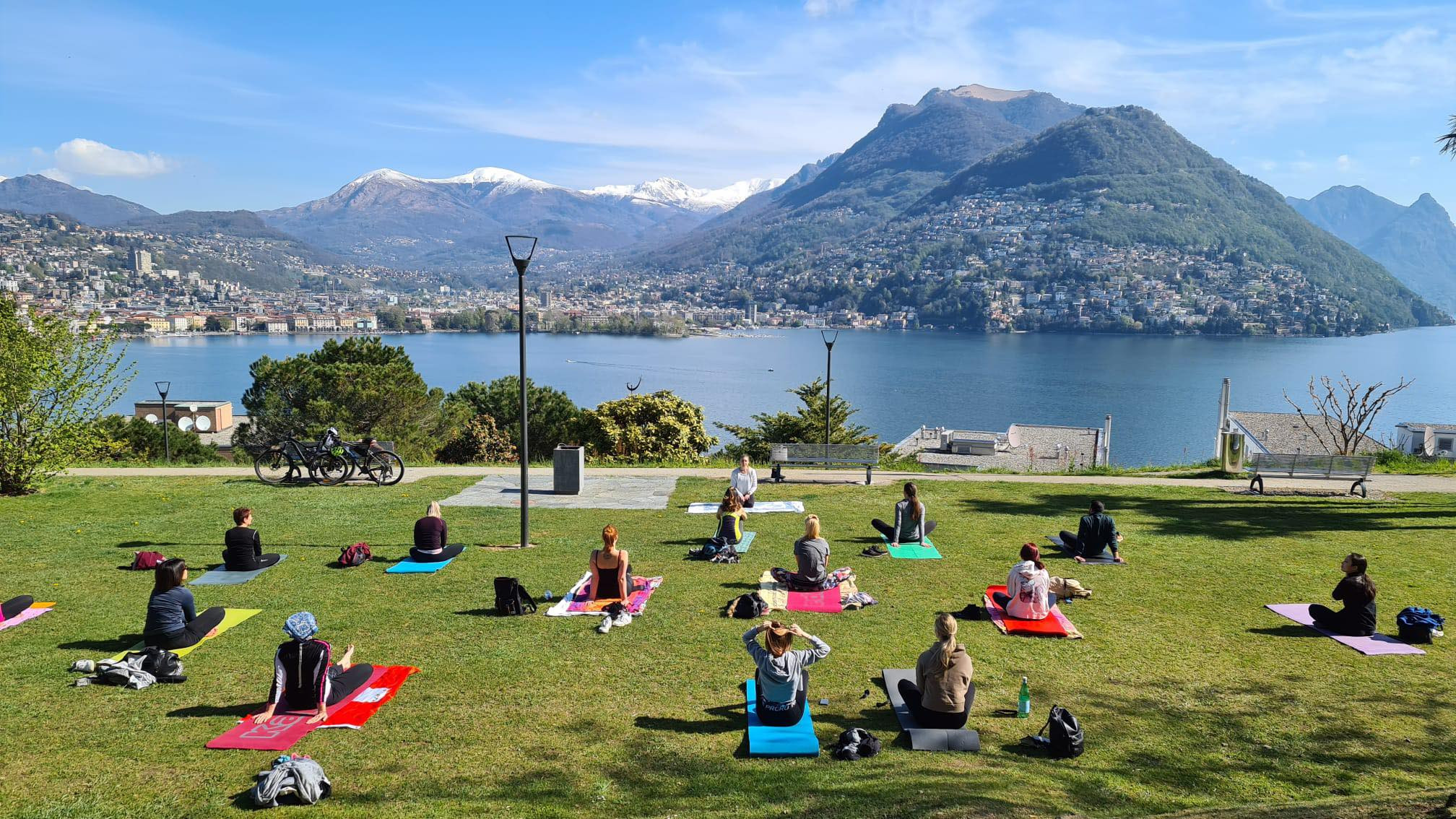 Yoga a Paradiso