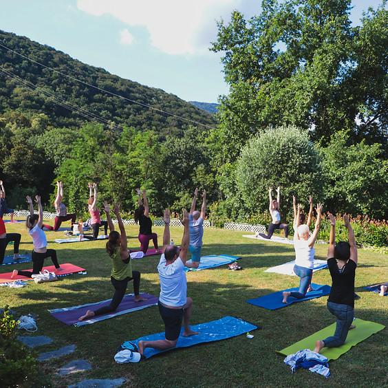 Garden Yoga & Breakfast