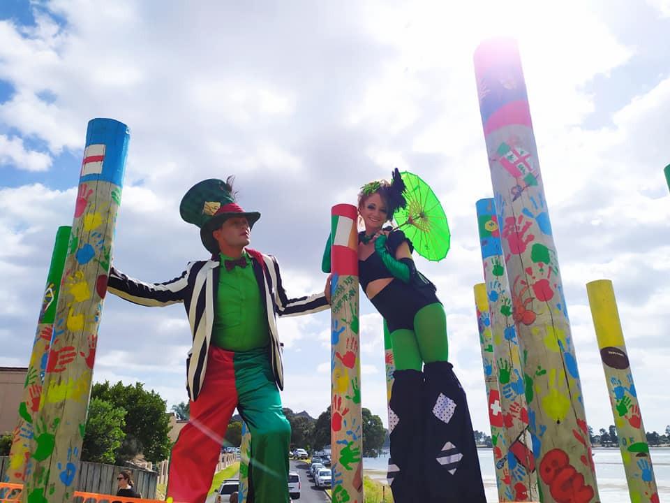street entertainers.jpg